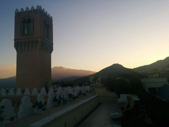 El Jebel Hotel: Terrace