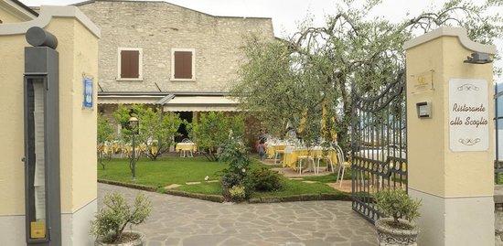Allo Scoglio: Der Eingang in den Garten Eden bzw. ins Alla Scoglio