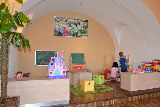 JUFA Hotel Wien City: for children