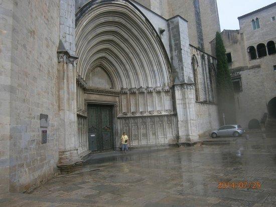 Catedral de Girona: Грандиозность!