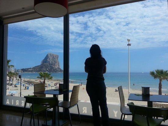 Playa de la Fossa o Levante : peñon