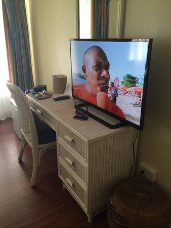 Coco Palm Resort: La chambre (Tv HD et prise USB)