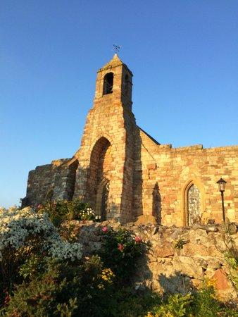 Lindisfarne Priory: Sunset