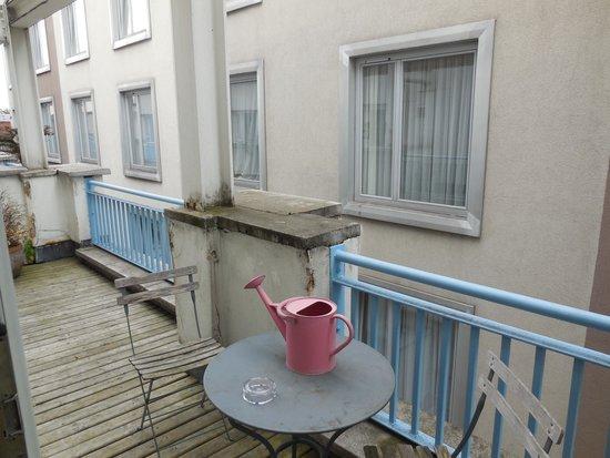 The Morgan: Balcony
