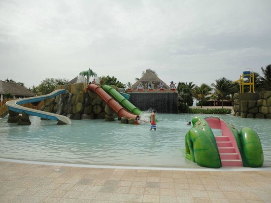 Grand Palladium Kantenah Resort and Spa: parqe