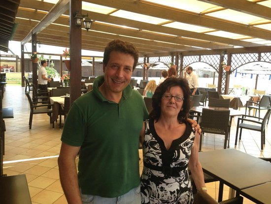 Mia moglie Pina con lo chef Nosari