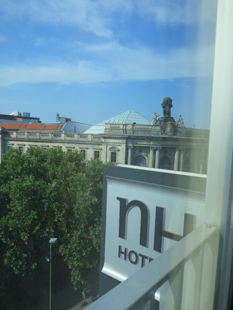 NH Collection Berlin Mitte am Checkpoint Charlie: City view