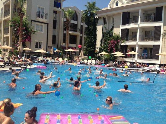 Club Anastasia: swimming area