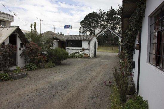 Cabanas Los Volcanes: Entrance