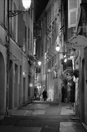 Vieille Ville de Nice : Abendstimmung in Nizzas Altstadtgassen! Einfach nur zum wohlfühlen.