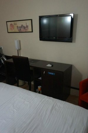 Hotel Beyaz Saray : We used the TV just for watching some World Cup games