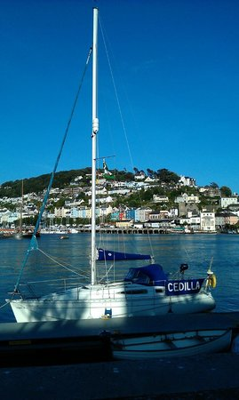Rockfish - Takeaway: Take your fish and chips to the seafront at Dartmouth one minute away