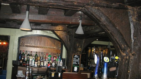Ye Olde King's Head: Gorgeous interior