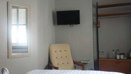 Artist Residence Brighton: Room 24