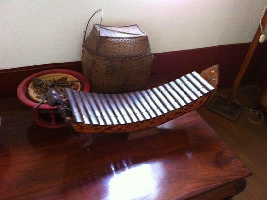 Xieng Mouane Guest House: La décor du couloir