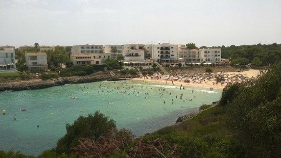 Vista sulla spiaggia di Cala Marsal