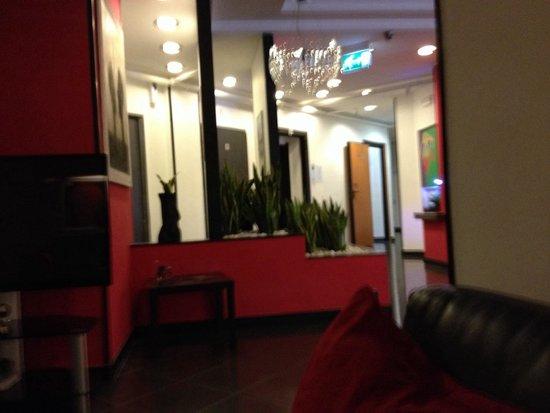 Hotel Europa Caserta: Hall