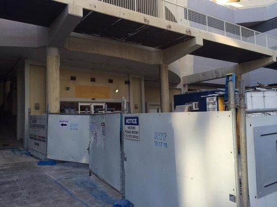 Paradise Centre Apartments: receptie verstopt