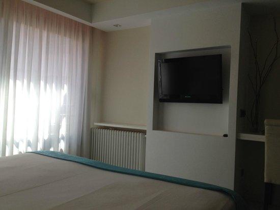 Hotel Spa La Terrassa : TV habitación