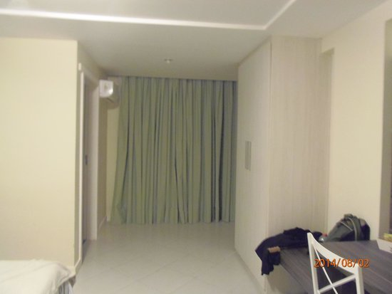 Athos Hotel: Quarto amplo