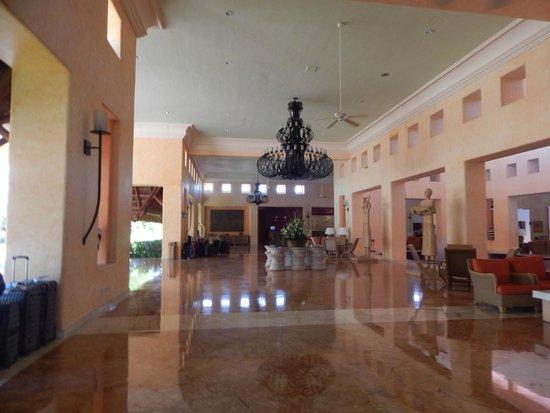 Barcelo Maya Tropical : lobby