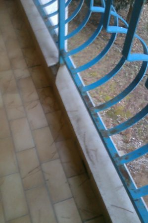 Hotel Imperial: Terraza oxidada