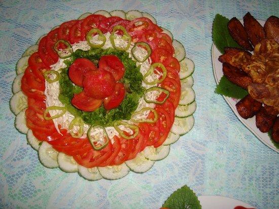 B&B Williams Montoya: the salad on dinner
