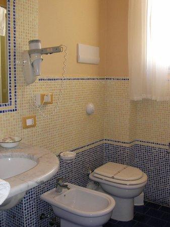 Ambasciatori Hotel: Room 602