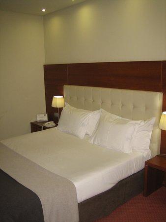 Silken Coliseum Hotel : cama