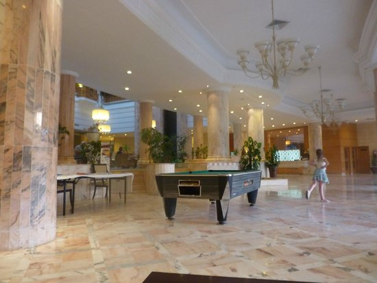 Marhaba Royal Salem: the lobby