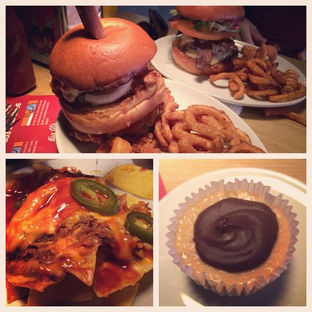 Big Al's American Kitchen: Burgers, pulled pork nachos and chocolate & peanut butter cup cake!