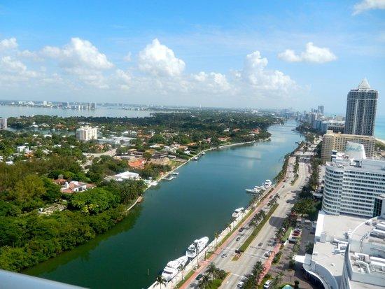 Fontainebleau Miami Beach : View 2