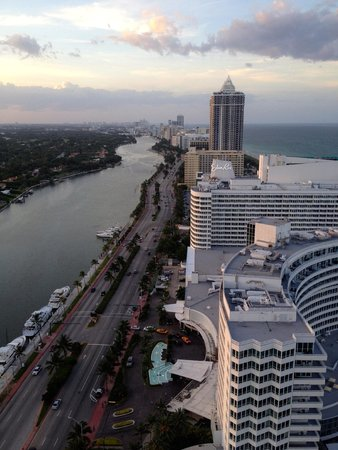 Fontainebleau Miami Beach : View 3