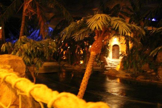 Blue Lagoon Restaurant - Disneyland Paris : Ambiance