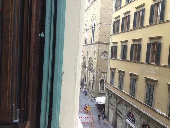 FH Calzaiuoli Hotel: Calzaiuoli Street