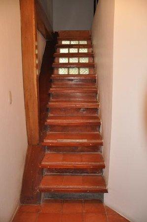 Casa del Agua : escalier pour se rendre à la chambre du haut