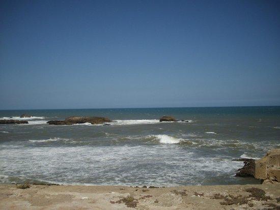 the ramparts of essaouira - photo #31