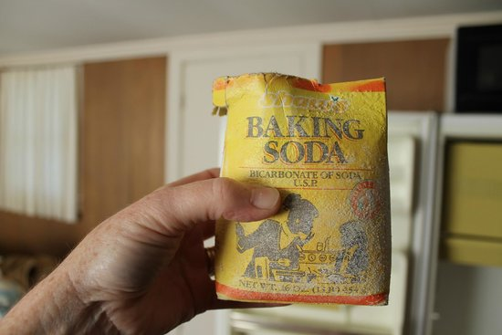 Homestead Motel and Cottages: Baking Soda