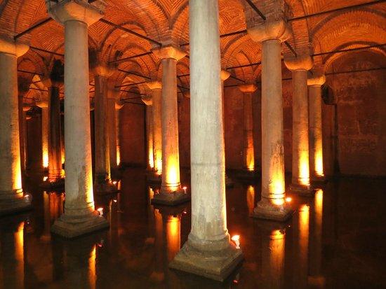 Citerne Basilique (Yerebatan Sarnıcı) : Columnas