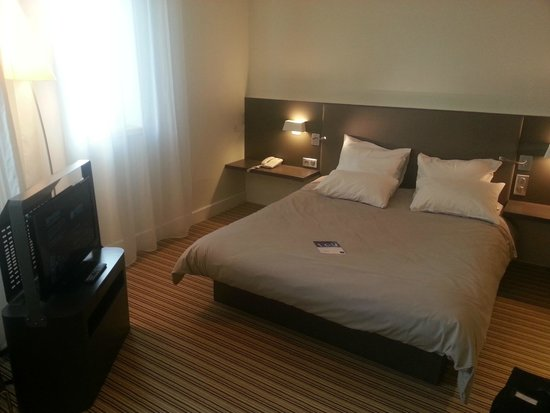 Novotel Suites Lille Europe hotel: Chambre