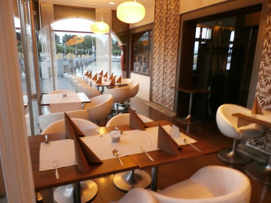 Hafenmeisterei: Dining area
