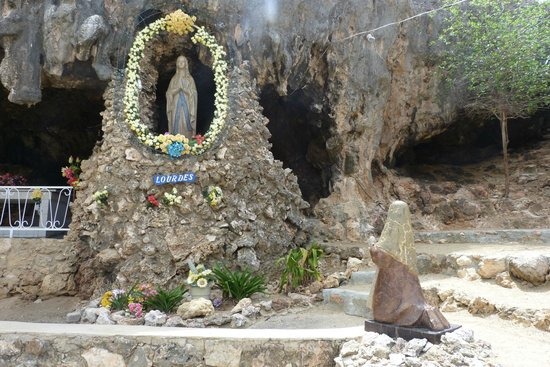 Lourdes Grotto: View of the Virgin mary