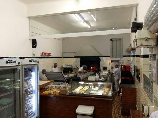 Casa Garabed Esfihas Especiais: Forno do Casa Garabed