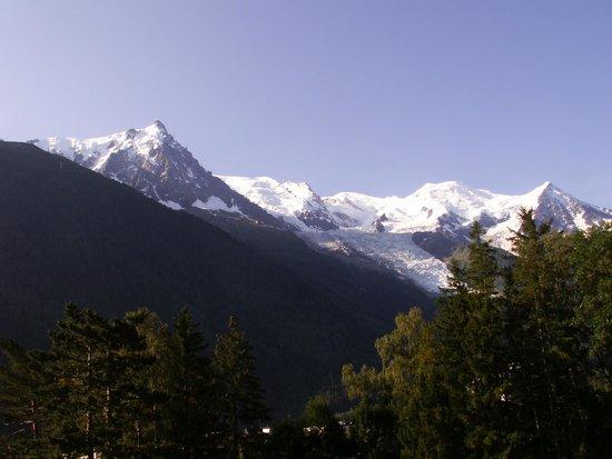 Club Med Chamonix Mont-Blanc : Vue de la Chambre (chambre Club vue vallée, bâtiment Mont Blanc)