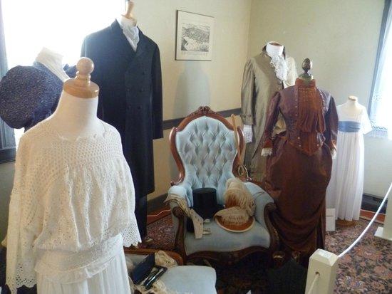 Knaut-Rhuland House: Costume display