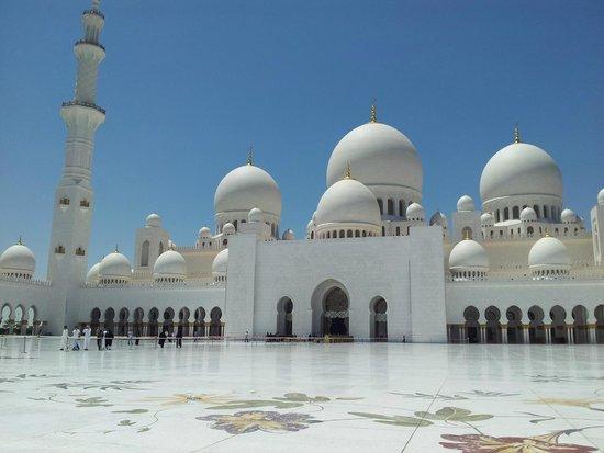 Mosquée Cheikh Zayed : MEZQUITA ABU DHABI