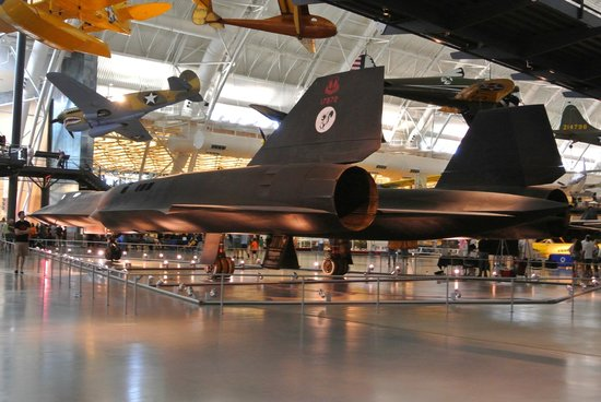 Smithsonian National Air and Space Museum Steven F. Udvar-Hazy Center: SR-71