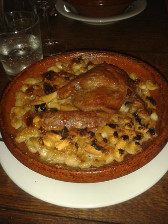Au Four St. Louis: cassoulet