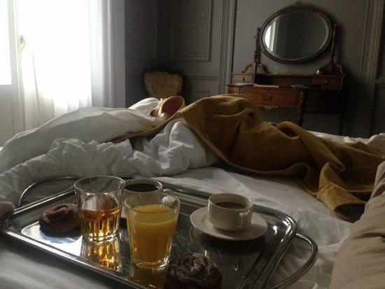 Circa 1905: morning