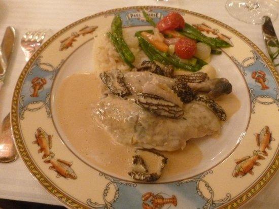Restaurant Paul Bocuse : La volaille de Bresse en vessie révélée ! MIam !